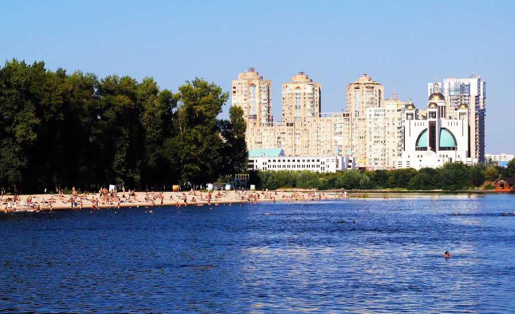 The Kiev city beach called Hidropark (courtesy of flickr.com/photos/stephanemartin)