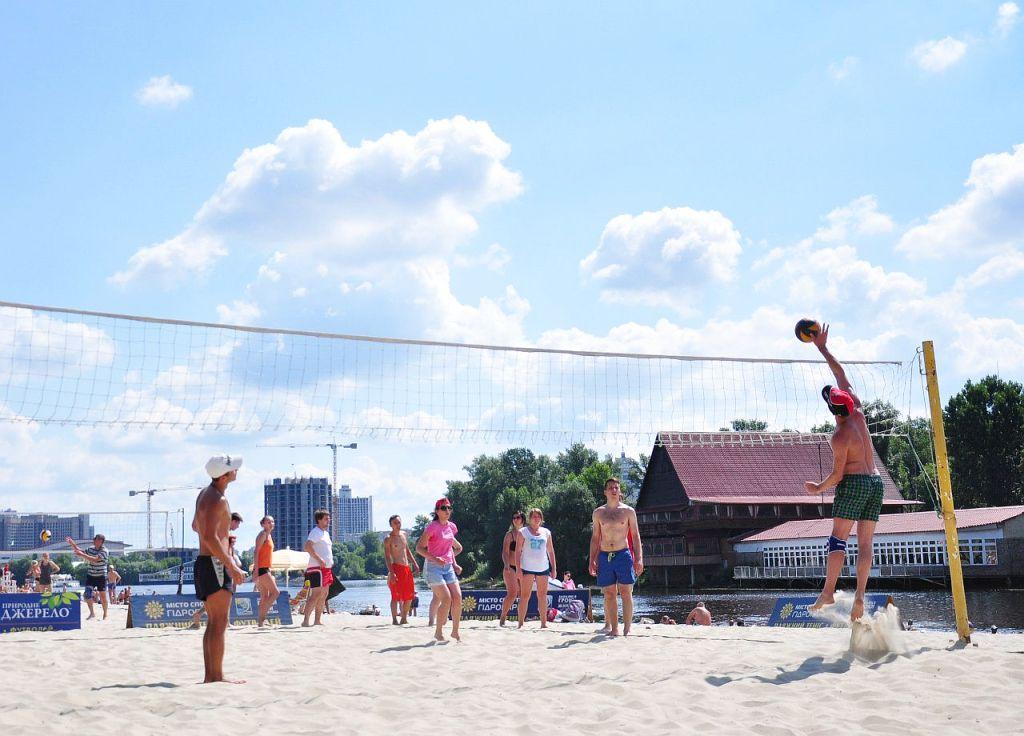 Volleyball tournament on Kiev's beaches