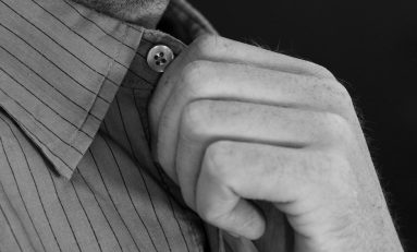 Why A Custom-made Shirt Is The Better Choice