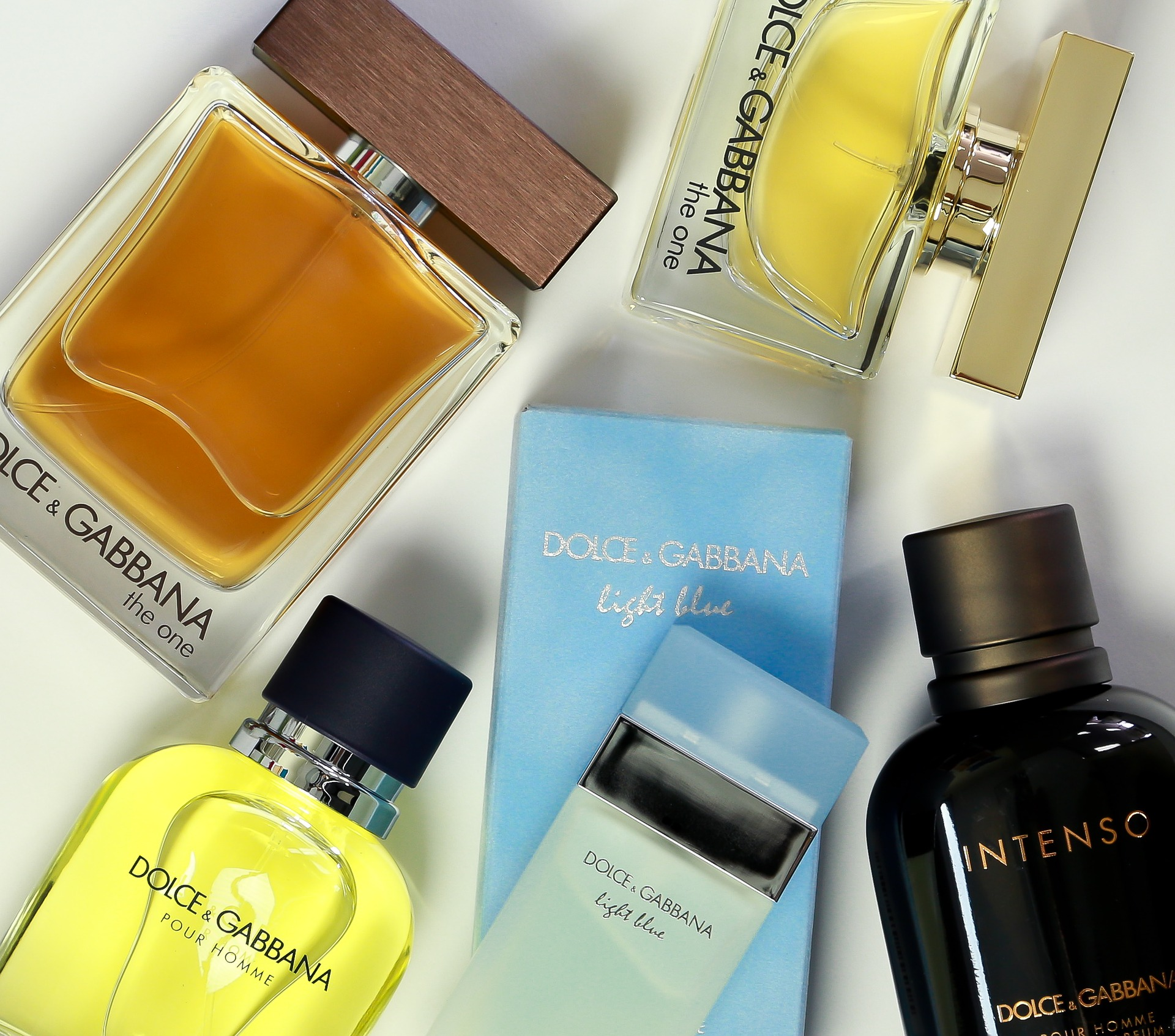 The Best Perfumes For Men: Top 5 Timeless Fragrances