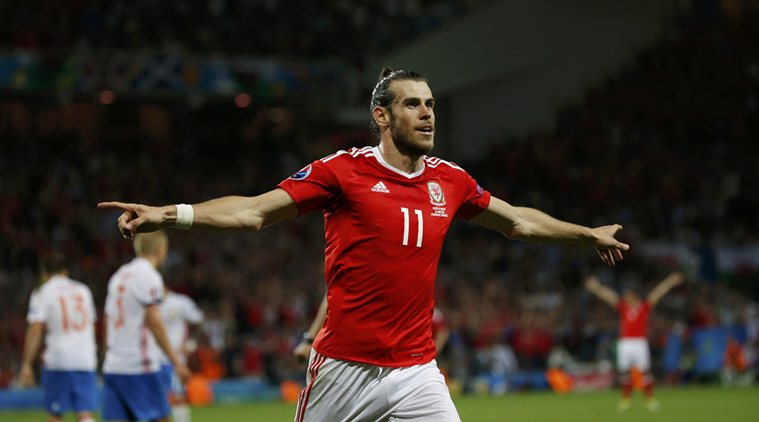 Football Soccer - Russia v Wales - EURO 2016 - Group B - Stadium de Toulouse, Toulouse, France - 20/6/16 - Wales' Gareth Bale celebrates after scoring a goal. Photo: REUTERS/Sergio Perez