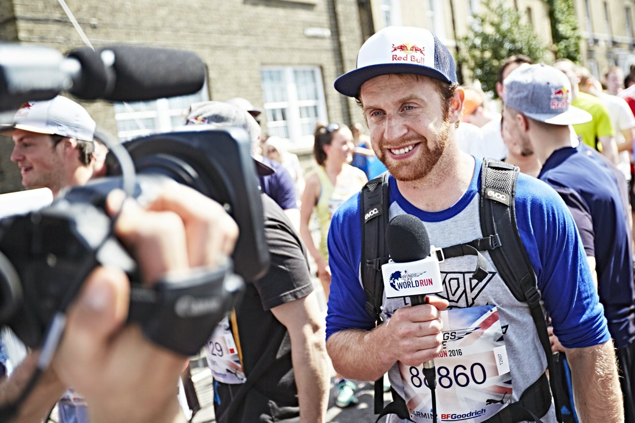 Danny MacAskill gives an interview during the Wings for Life World Run in Cambridge, Great Britain on May 8, 2016. Photo: Andreas Langreiter / RedBull Content Pool